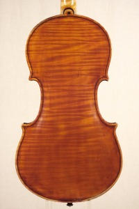back_violin_o-GT+-1920