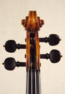 scroll-front_violin_o-GT+-1920